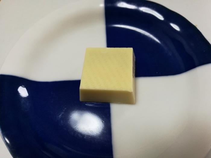 チロルチョコ プレミアム チーズケーキ