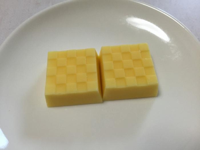 チロルチョコ ウルトラレモン
